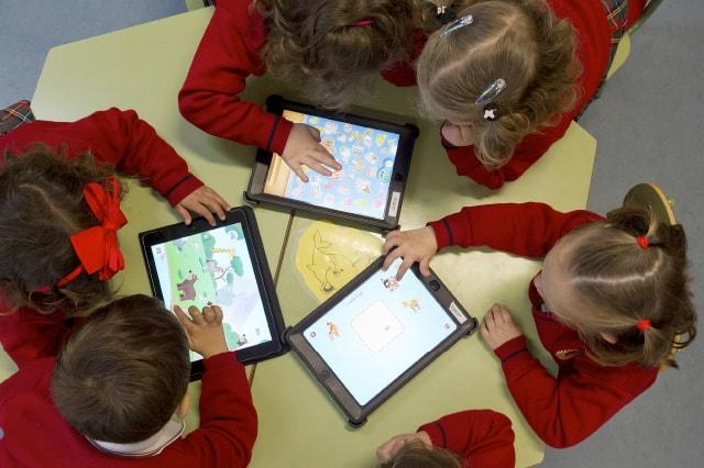 Elaboración revista online colegio