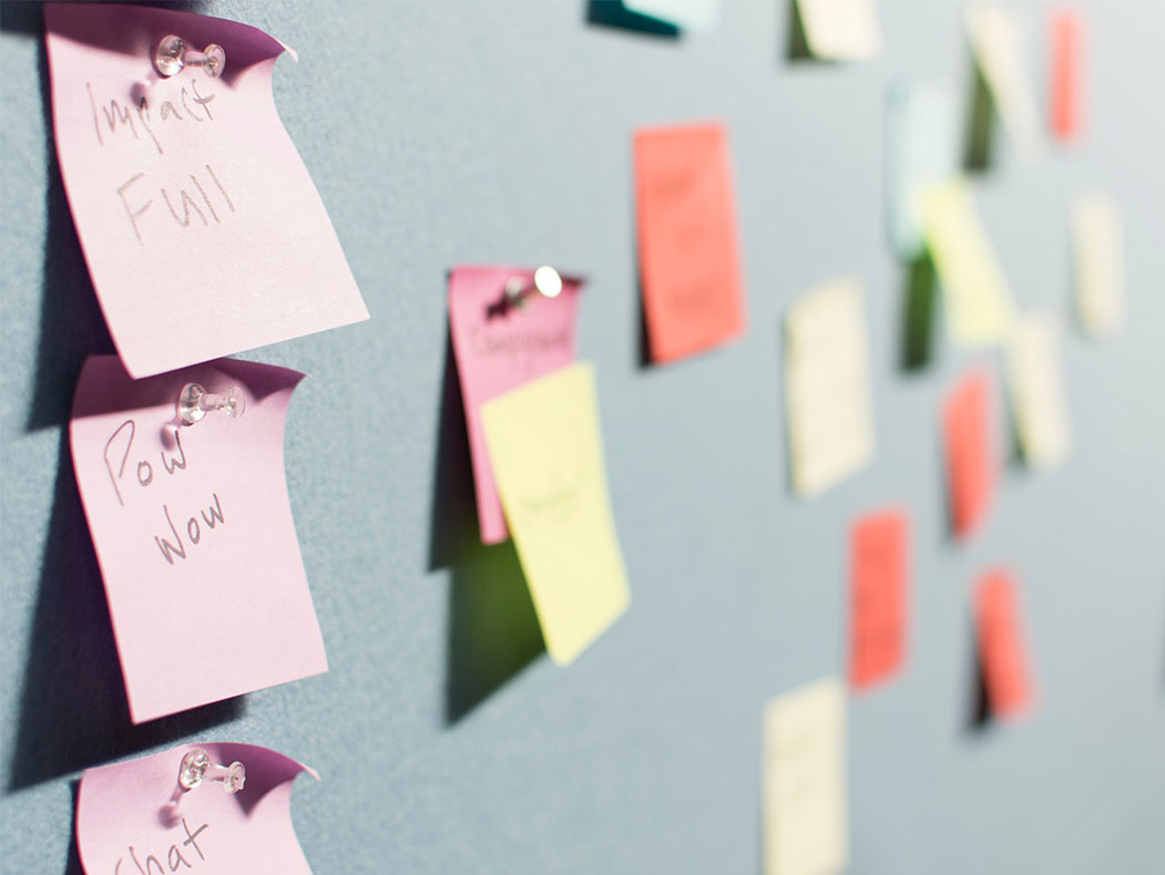 notas de colores con ideas